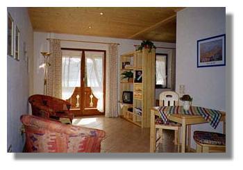 ferienwohnungen am see kirste kochel. Black Bedroom Furniture Sets. Home Design Ideas
